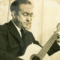 Há 60 anos, estreava em disco o cantor Vinicius de Moraes
